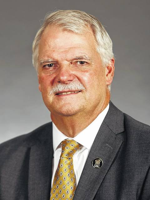 Laurinburg's Stewart Thomas named finance vice chancellor at UNCP